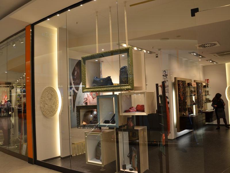 instudio 49 rue de cessange l 1320 luxembourg. Black Bedroom Furniture Sets. Home Design Ideas